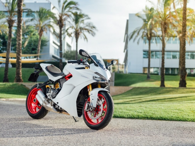 Ducati - 2018 Supersport S